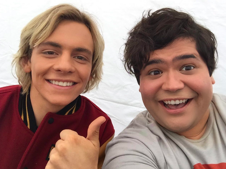 harvey with ross lynch. slefiee