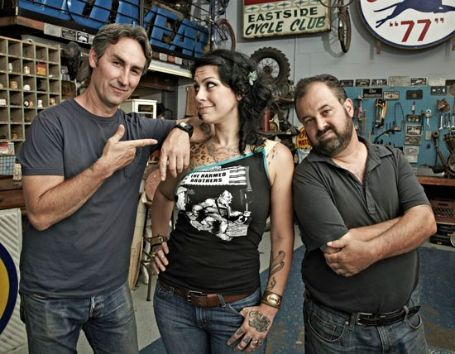 frank frtiz with his two co host of american pickers
