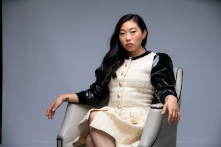 Awkwafina is not married nor she is in a relationship.