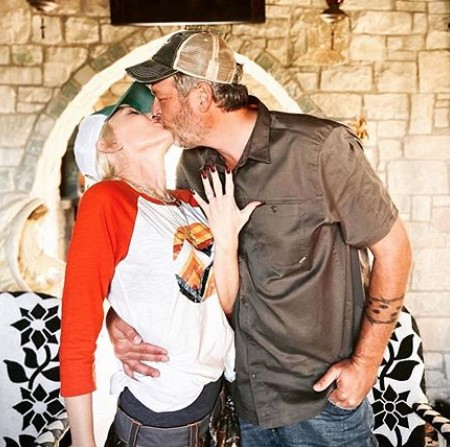 blake shelton and gwen stefani wedding