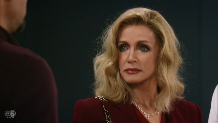 Donna Mills won an award for Outstanding Special Guest Performer in a Drama Series at the 42nd Daytime Emmy Awards for her performance in 'General Hospital.'