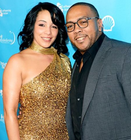 Timbaland used to be married to Monique Mosley and now are separated.
