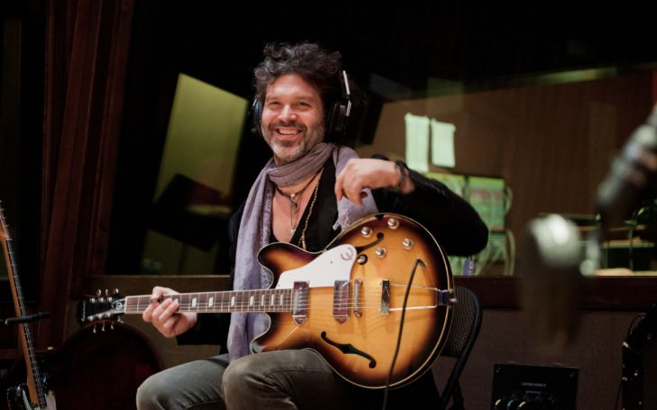 Does Doyle Bramhall II Have a Wife? Details of His Relationship History