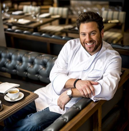 Scott Conant reduced his weight by 30 pounds by cutting wheat from his diet.