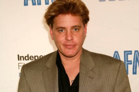 On March 10, 2010, Corey Haim died of pneumonia.