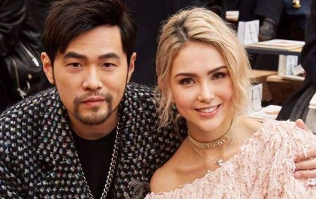 Hannah Quinlivan with her husband Jay Chou pose for a picture.