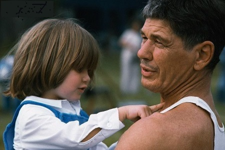 American actor Charles Bronson and his daughter Zuleika, whom he had with British actress Jill Ireland.