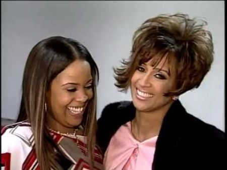 Dorinda Clark poses a picture with her daughter Nikki.