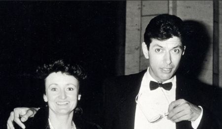 Jeff Goldblum in a black tux poses a photo with first wife Patricia Gaul.