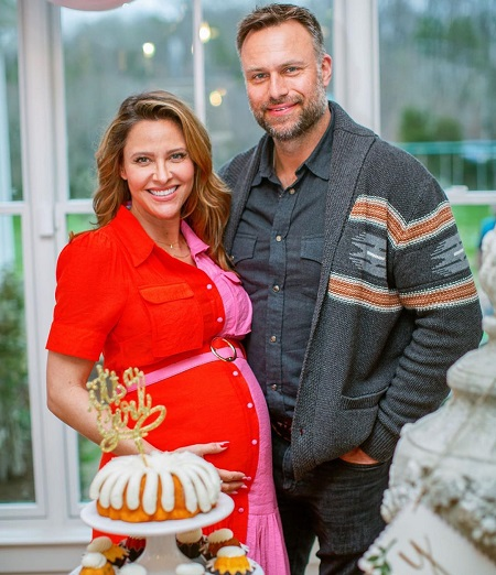David Lemanowicz and a pregnant Jill Wagner.