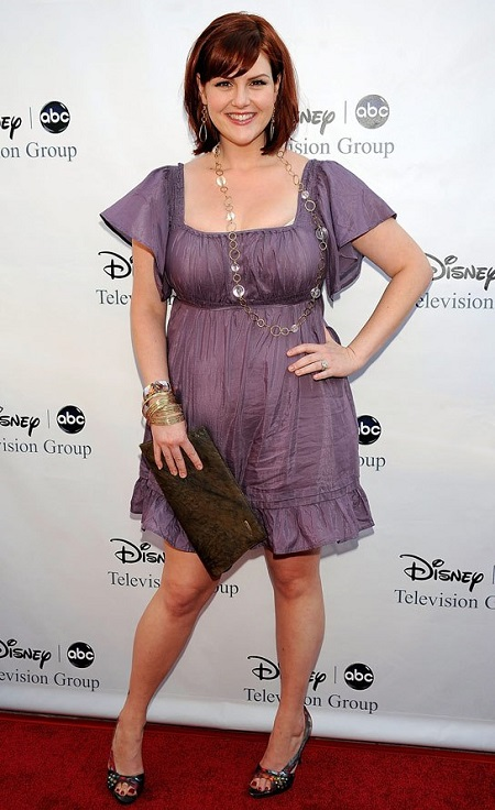 Sara Rue on the red carpet at The Langham Resort on August 8, 2009 in Pasadena, California.