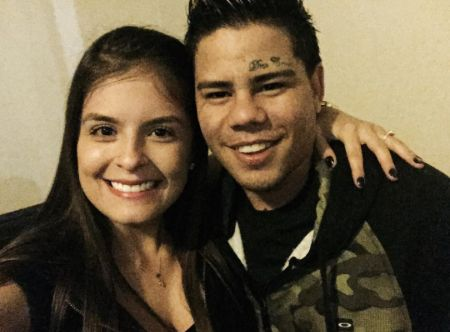 Amanda Dallago Chaves poses a picture with ex-boyfriend Mc Lon.