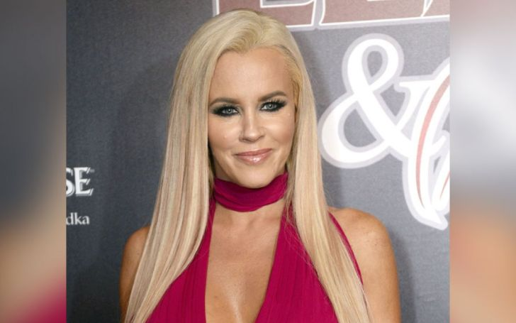 Jenny McCarthy Has Always Been Open About Her Plastic Surgery, She Thinks It's Fun