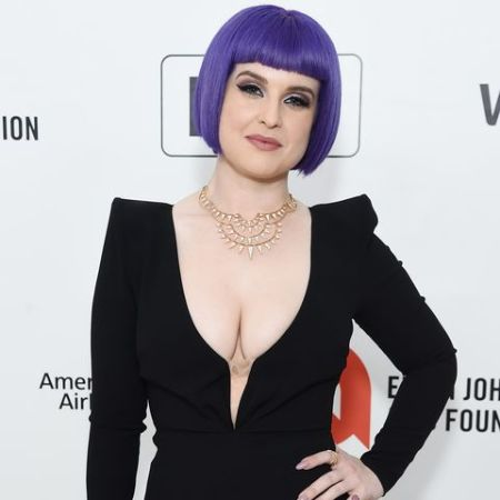 Kelly Osbourne followed intermittent fasting diet with a plant-based food items.