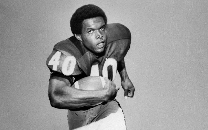 Gale Sayers Net Worth - The Complete Breakdown