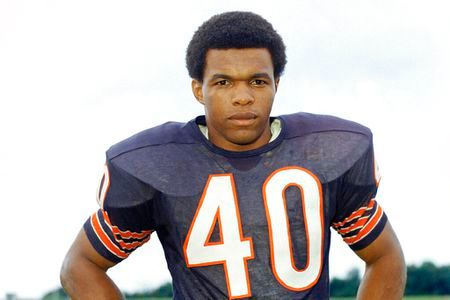 Gale Sayers suffered from dementia for a long time.