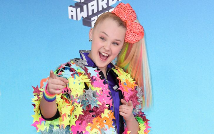 Who is JoJo Siwa Girlfriend in 2021? Here's Everything You Should Know
