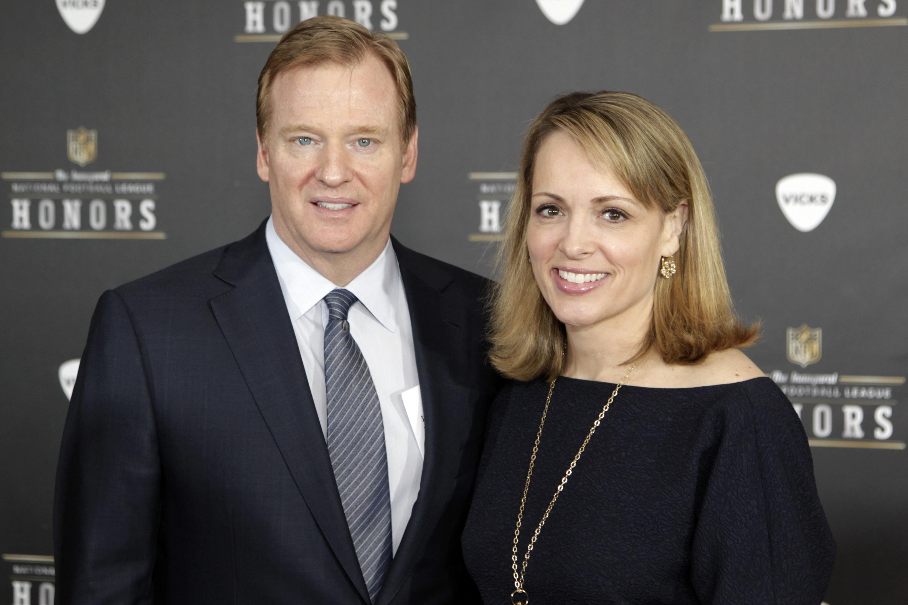 Roger Goodell tied knot with Jane after four years of dating