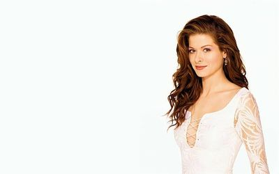 Did Debra Messing Have Plastic Surgery? Get All the Facts Here
