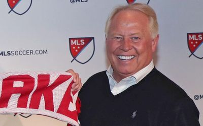 Dell Loy Hansen Net Worth - How Rich is the Real Salt Lake Owner?