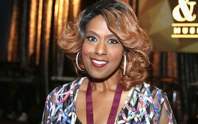 American Singer Jennifer Holliday - Top 5 Facts
