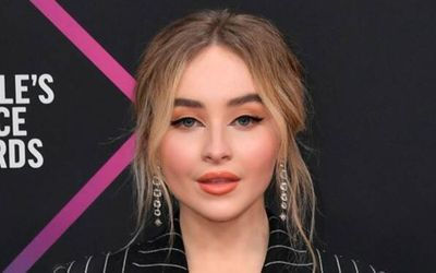 Complete List of Sabrina Carpenter's Ex Boyfriends!