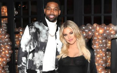 Khloe Kardashian Hints Her Engagement With a Flashy Diamond Ring